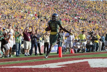 We have become used to plays like this in recent years.  (De'Anthony Thomas in the Rose Bowl)