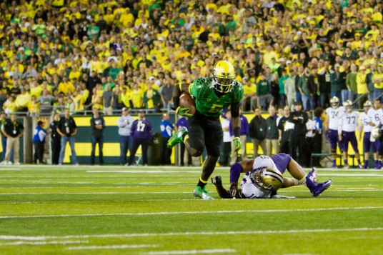 Players like De'Anthony Thomas help Oregon keep pace with top Pac-12 schools in program value