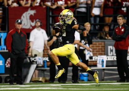 Devon Allen securing one of his two TDs against WSU