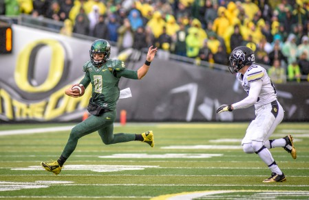 Oregon's Marcus Mariota is a lock for the 2014 Heisman Trophy