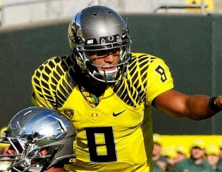 While we all love Mariota, he may not be the best player in Oregon history,