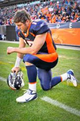 Before Oregon, I was a BIG Tebow/Florida fan. That is, before the Broncos RUINED the best thing to ever happen to that team.